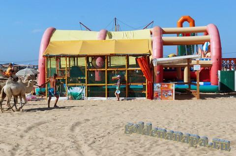 Пляж Витязево начало августа аттракционы для детей