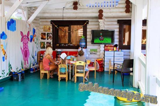 """Джемете отель """"Белый пляж"""" детская игровая комната с педагогом"""