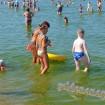 Анапа городской пляж дети возле берега август